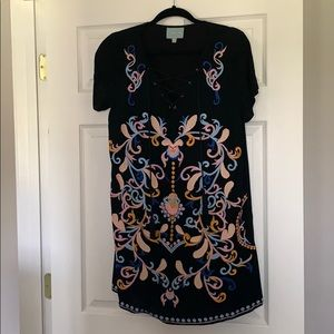 Embroidered black dress! With lace up front